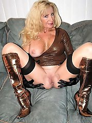 Fresh mature businesswoman get undressed for you