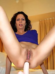 Delicious mature lady is exposing her hot lines on cam